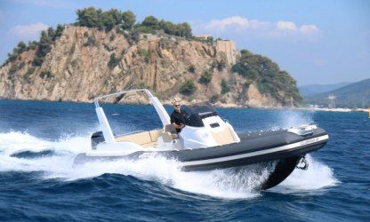 Location Semi-rigide Joker Boat Clubman 28 Le Lavandou