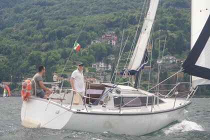 Rental Sailboat Comar Comet 800 Pianello del Lario