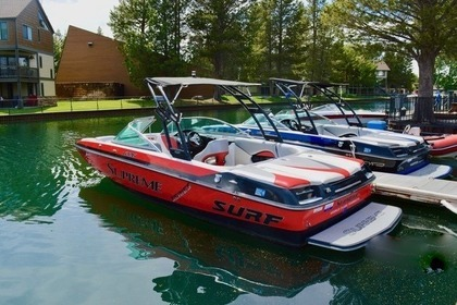 Hire Motorboat Mastercraft NXT22 South Lake Tahoe