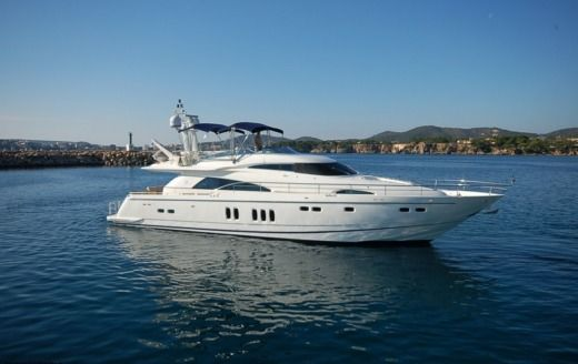 Motorboat Fairline Fairline Squadron 74 for hire