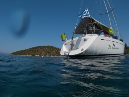 Rental Sailboat Grand Soleil - Cantiere Del Pardo 40 Chalkidiki
