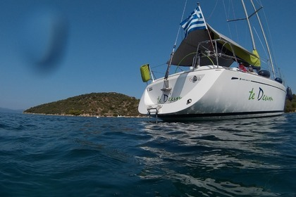 Rental Sailboat GRAND SOLEIL 40 Chalkidiki