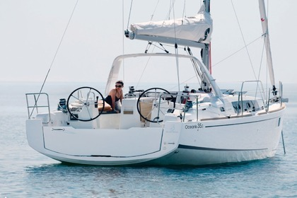 Rental Sailboat BENETEAU OCEANIS 351 Arzon
