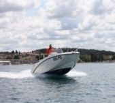 Motorboat Quicksilver 535 for hire
