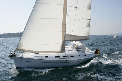 Hire Sailboat BENETEAU CYCLADES 43.4 Lefkada