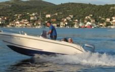 Fisherman Tiburon 180 Open in Vinišće for rental