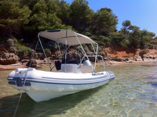 MARSEA SP90 in Hyères for hire