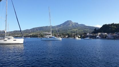 Rental Sailboat Beneteau Oceanis 423 Clipper Saint Vincent and the Grenadines