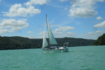 Charter Sailboat DUFOUR 24 Orgelet