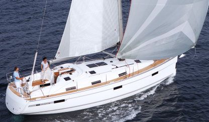 Charter Sailboat  Bavaria 36 Holiday Zadar