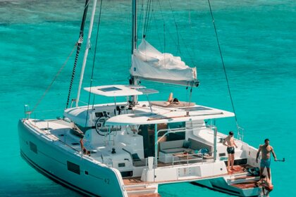 Location Catamaran LAGOON LAGOON 42 Tortola