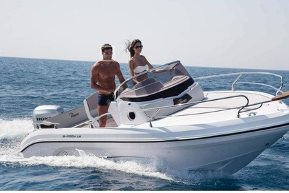 Hire Motorboat Ranieri Shadow 19 Menton