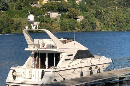 Charter Motorboat FAIRLINE Phantom 41 Porto