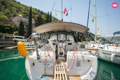 Hire Sailboat ELAN ELAN 384 IMPRESSION Dubrovnik