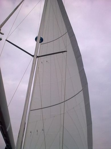 Jeanneau Sun Odyssey 35 in Six-Fours-les-Plages for hire