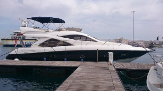Sunseeker Manhattan 50 a Malte da noleggiare