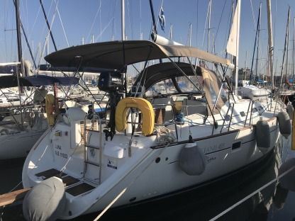 Rental Sailboat Beneteau Oceanis 423 Lavrion