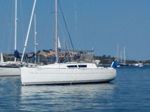 JEANNEAU 33i in Le Verdon-sur-Mer peer-to-peer