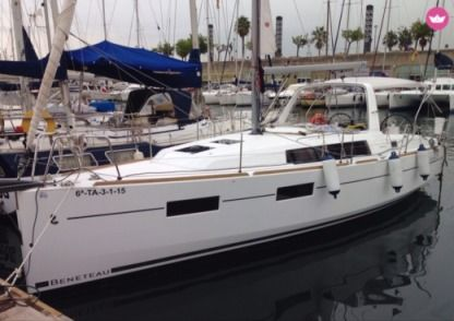 Rental Sailboat Beneteau Oceanis 35 Barcelona