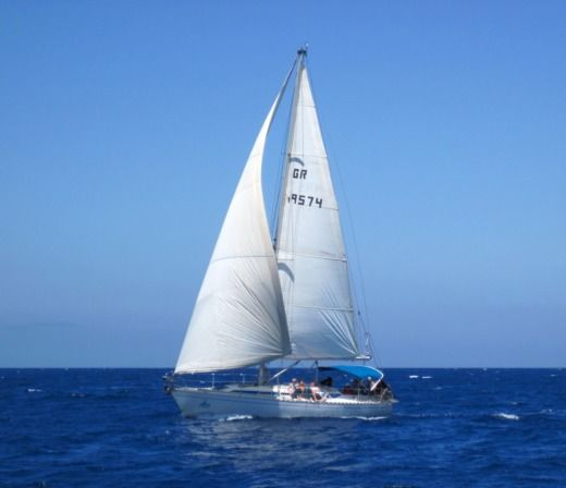 Charter Sailboat Dromor Apollo 12 Chania