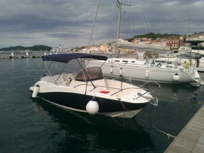 Rental Motorboat Interquick 22 Mali Losinj