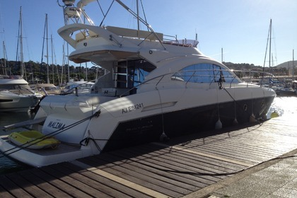 Miete Motorboot BENETEAU 49 GT FLY Cavalaire-sur-Mer