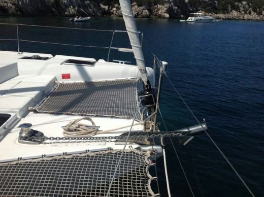 Lagoon 421 in Portisco for hire