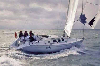 Charter Sailboat BENETEAU First 35 S 5 Les Sables-d'Olonne