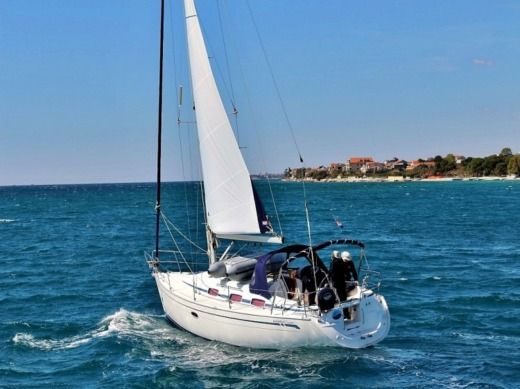 Sailboat Bavaria 33 C Manda for hire