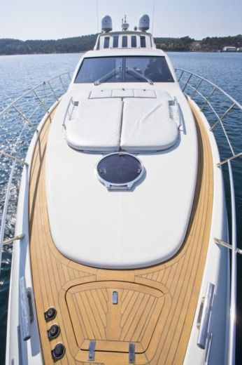 Motorboat Azimut 68S for hire