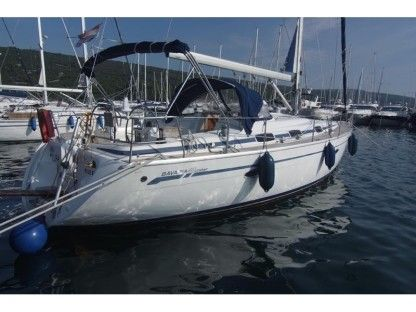 Charter Sailboat Bavaria 42 Cruiser Punat