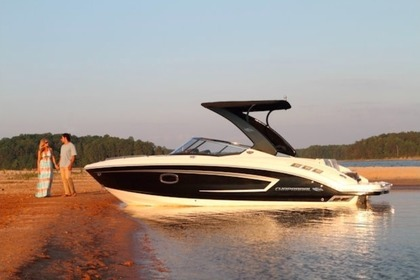 Hire Motorboat CHAPARRAL 257 SSX Setubal