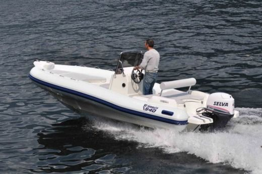Rental RIB Marlin 540 Cres
