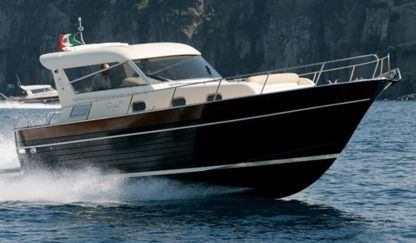 Charter Motorboat Apreamare 38 Confort Cannes