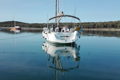 Rental Sailboat DUFOUR 44 Trget