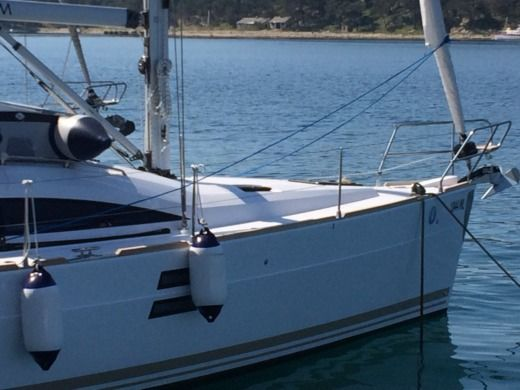 Sailboat ELAN Impression 40 for hire