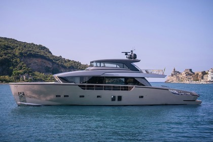 Location Yacht SAN LORENZO SX88 Cannes