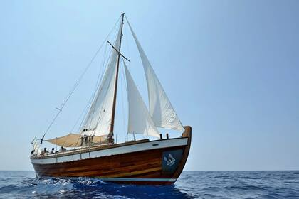 Hire Sailboat Psarros Gulet ENA Laurium