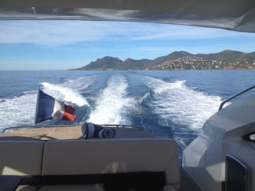 Princess 16 V 53 in Cannes