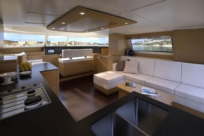 Location Catamaran FOUNTAINE PAJOT CUMBERLAND 47 Porto-Vecchio