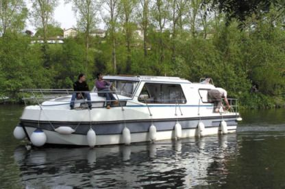 Rental Houseboat Nicols Riviera 920 Nevers