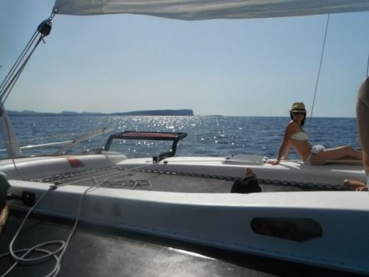 Catamaran Dys Rush 10 for hire