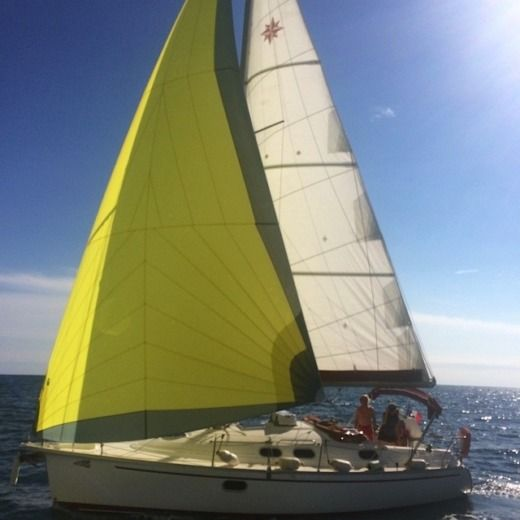 Sailboat Dufour Gibsea 33 peer-to-peer