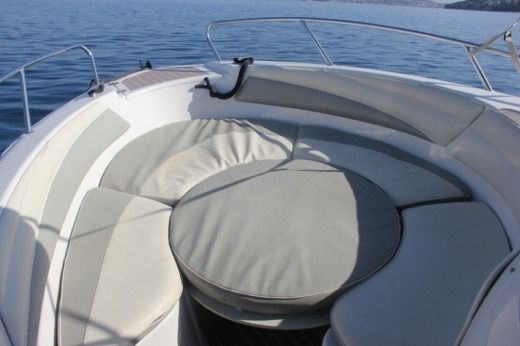 Miete Motorboot Quicksilver Commander 600 Trogir