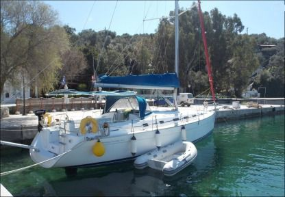 Charter Sailboat Beneteau Cyclade 43.3 Volos
