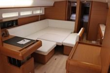 Sailboat Jeanneau Sun Odyssey 509 (2014) for hire