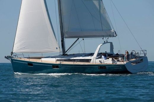 Beneteau Oceanis 48 in Gzira for rental