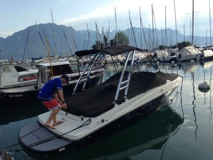 Miete Motorboot Bayliner 175 Flight Series Montreux