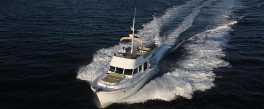 Charter motorboat in Saint-Mandrier-sur-Mer peer-to-peer