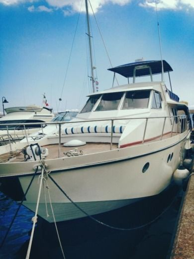 Motorboat VersiliaCraft 18 Metri for hire
